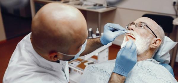 Dental surgeon in Ballarat